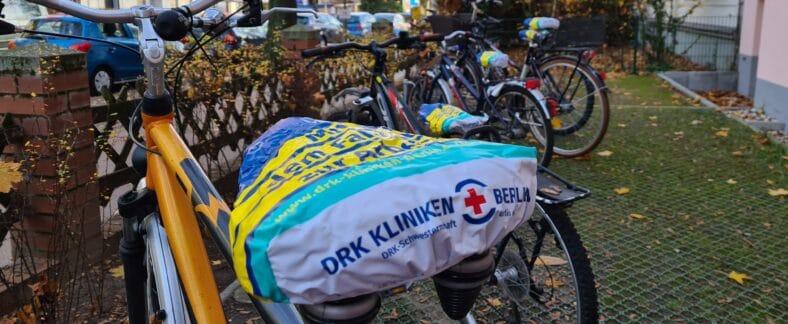 Guerilla Recruiting der DRK Kliniken Berlin: Die Fahrradsattelaktion